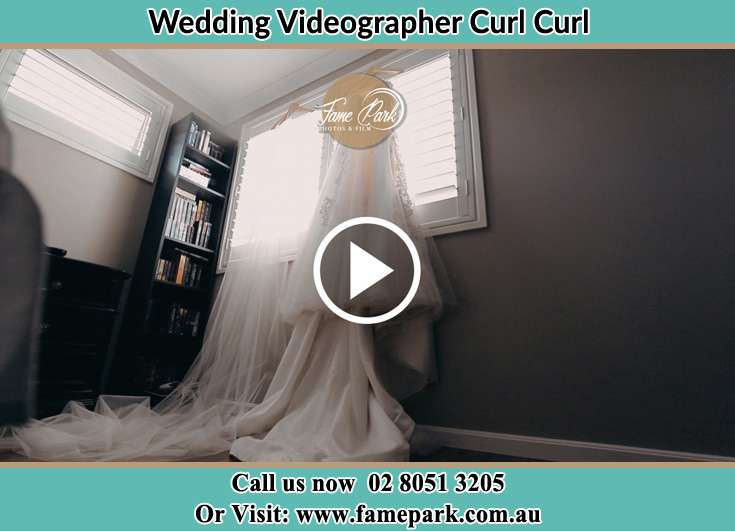 Bride Wedding gown Curl Curl NSW 2096