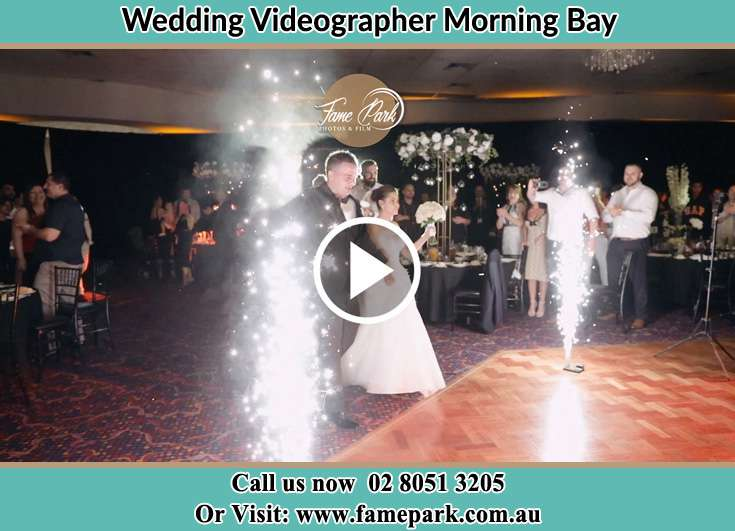 Bride and Groom at the dance floor Morning Bay NSW 2105