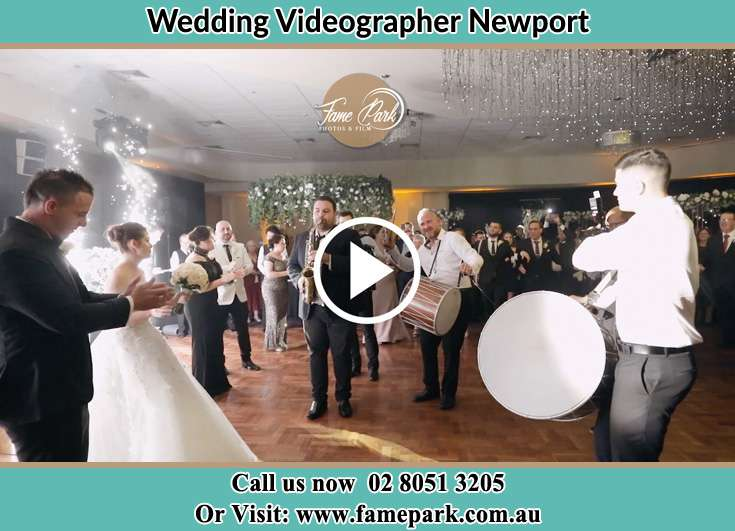 Bride and Groom at the dance floor Newport NSW 2106